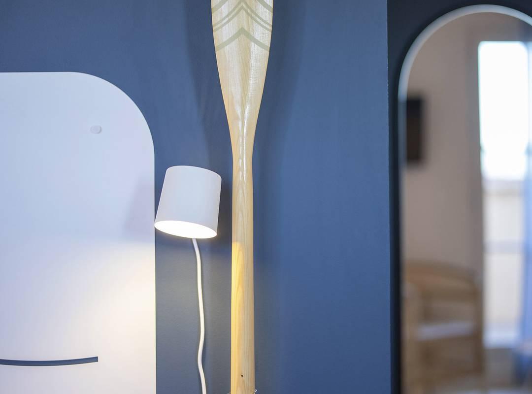 Decorative paddle, hotel restaurant Toulon, l'Eautel