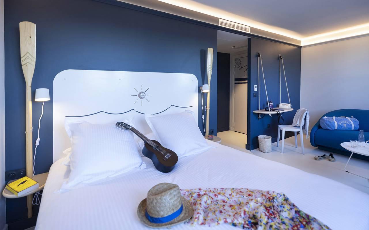 Spacious room, weekend Var, Eautel
