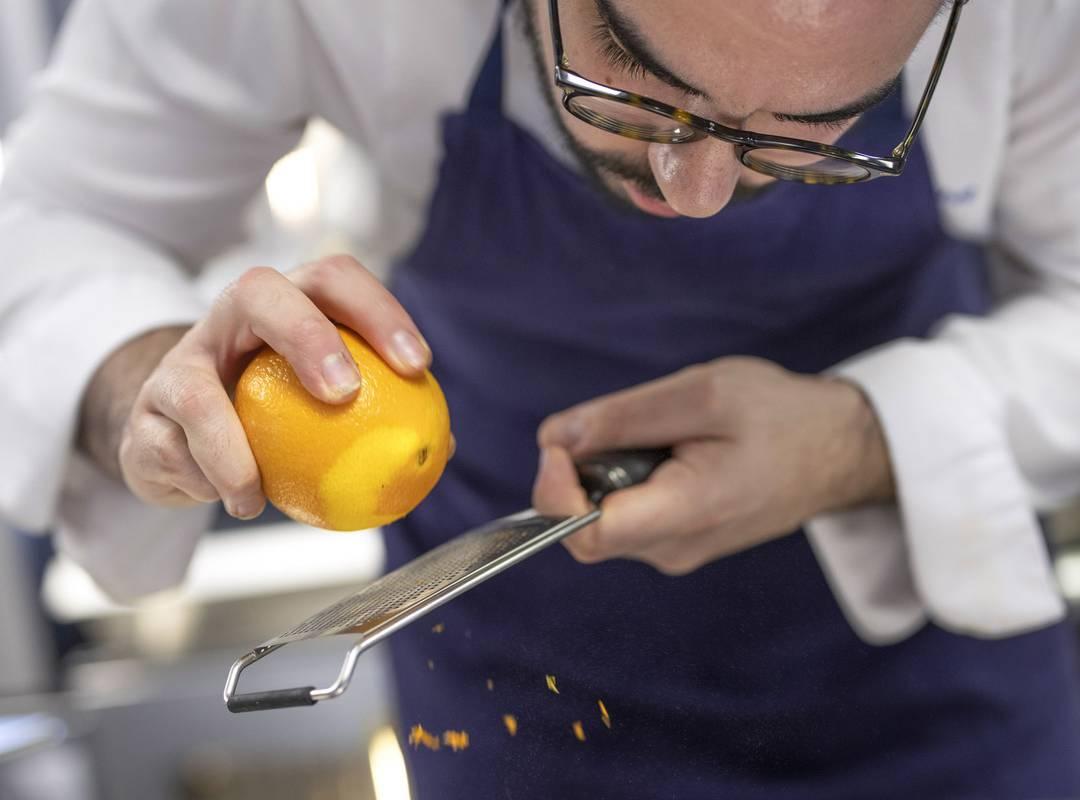 Chef cooking, restaurant Toulon, L'Equerre, L'Eautel