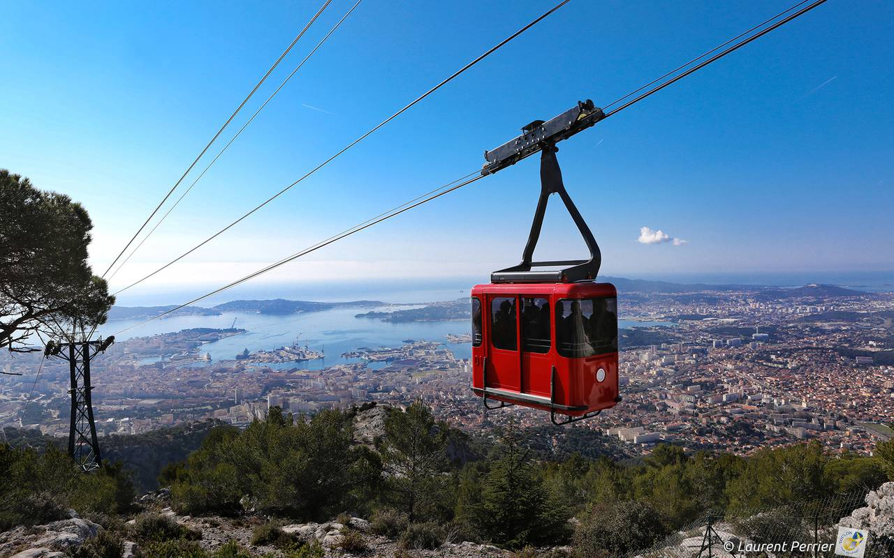 cable car of Mt Faron, things to do Toulon, l'Eautel
