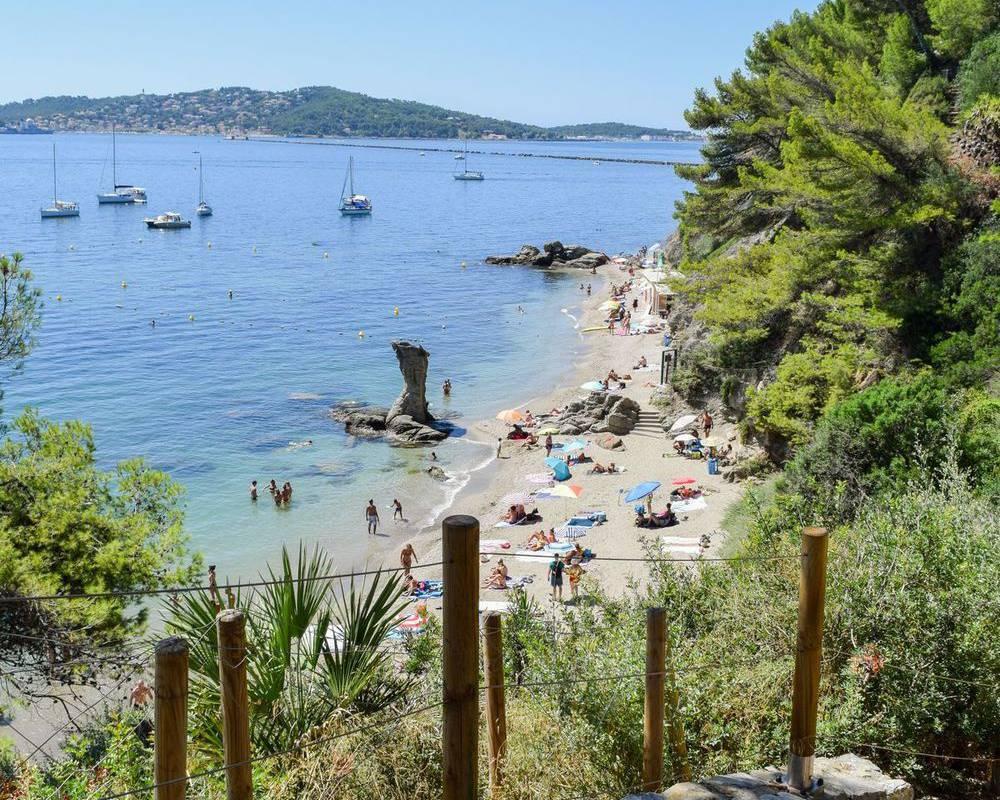 Beautiful beach, things to do Toulon, l'Eautel