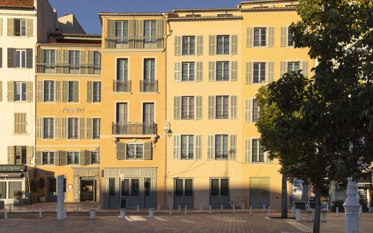 Place de l'Equerre, wekend Toulon, l'Eautel