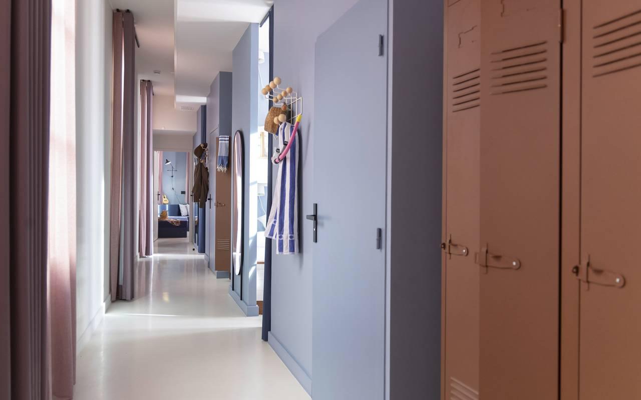 Couloir de la chambre Equipage, hôtel de charme dans le Var, l'Eautel