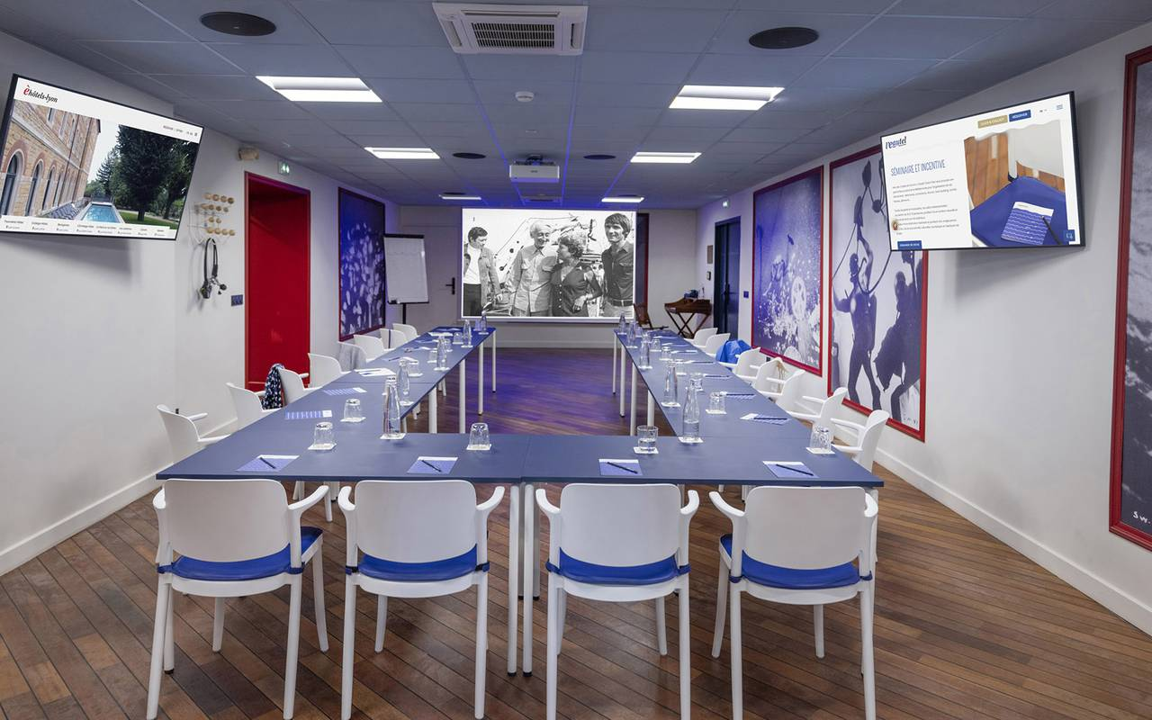 Grande salle de réunion, location de salle Toulon, l'Eautel