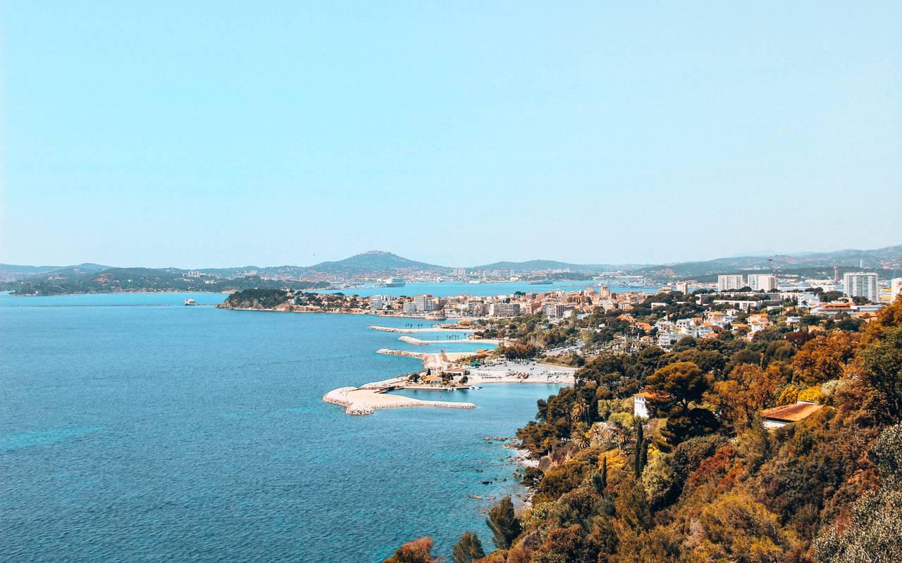 Vue de la mer, hôtel Toulon bord de mer, l'Eautel