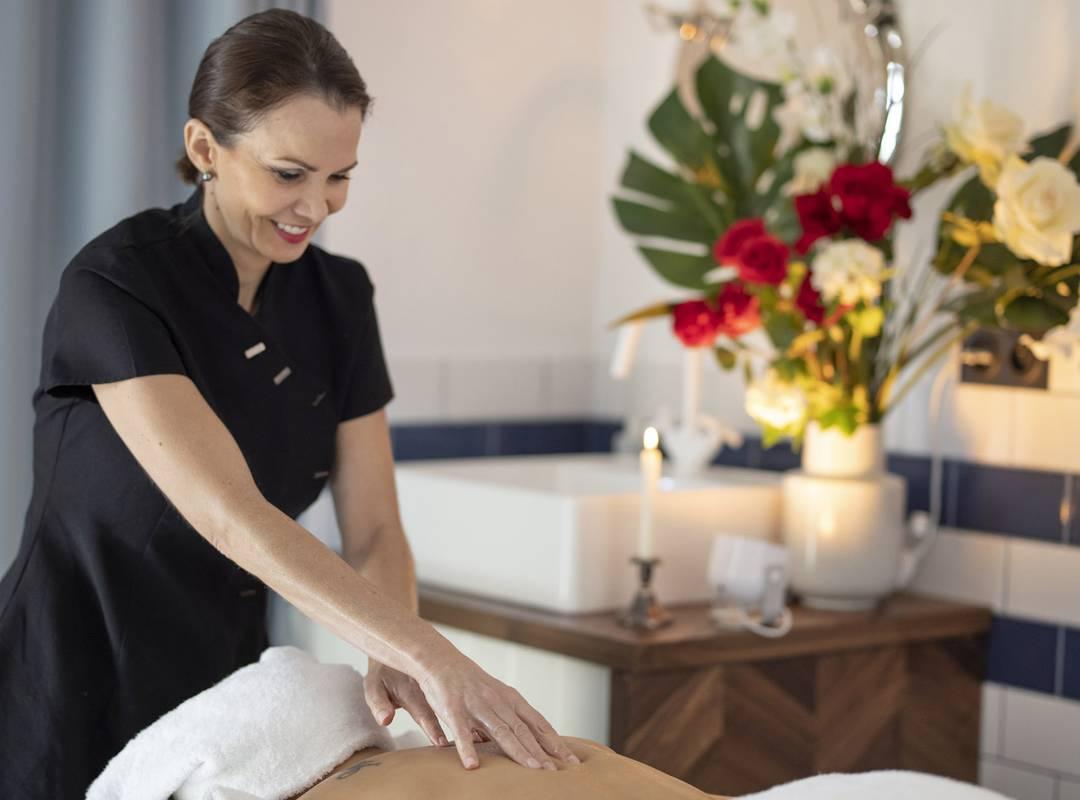 Massage, hôtel Toulon bord de mer, l'Eautel