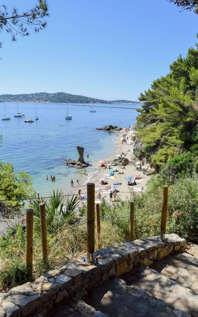 Belle plage, séjour à Toulon, l'Eautel